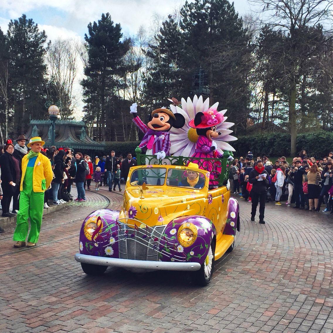 Goofy S Garden Party Youtube Com Brogantatexo Disneyland Paris