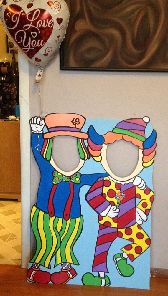 Carnival Photo Booth Prop (Foam Board) Clown Standee and Balloon