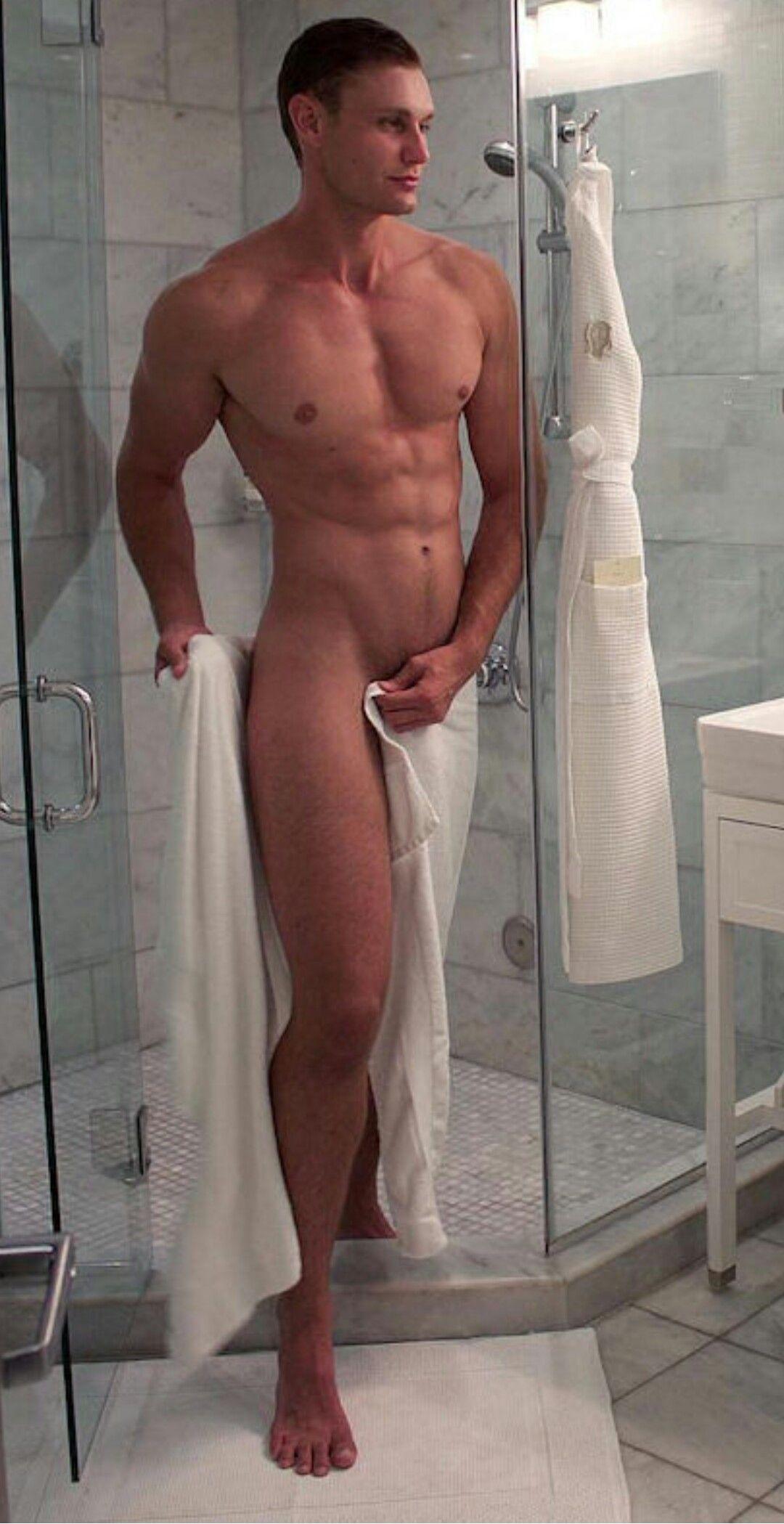 Pin De Cesar Antonio Cornejo En Desnudo Chicas Desnudo Y Duchas
