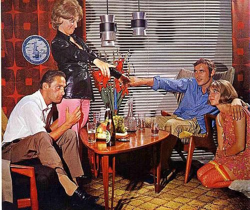 FOOD FLASHBACK: 70S DINNER PARTY | Vintage Drinking | 70s