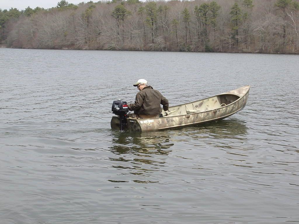 STS Consumer Report - Grumman Sport Canoe - The Bass Pond | Duck
