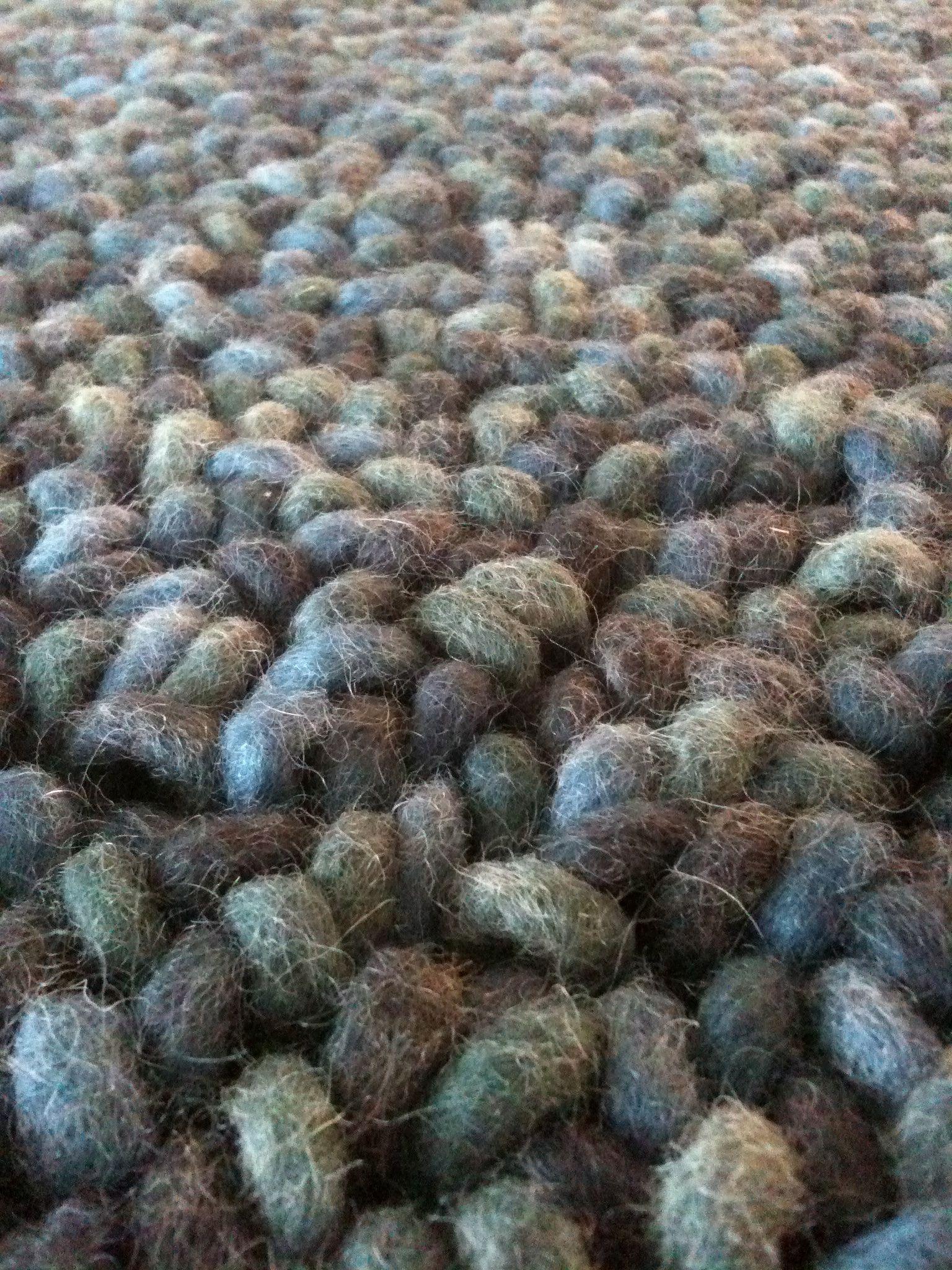 Vaak Brink & Campman karpet. Behaaglijk ijsblauw. Extra grote lussen in  RH18