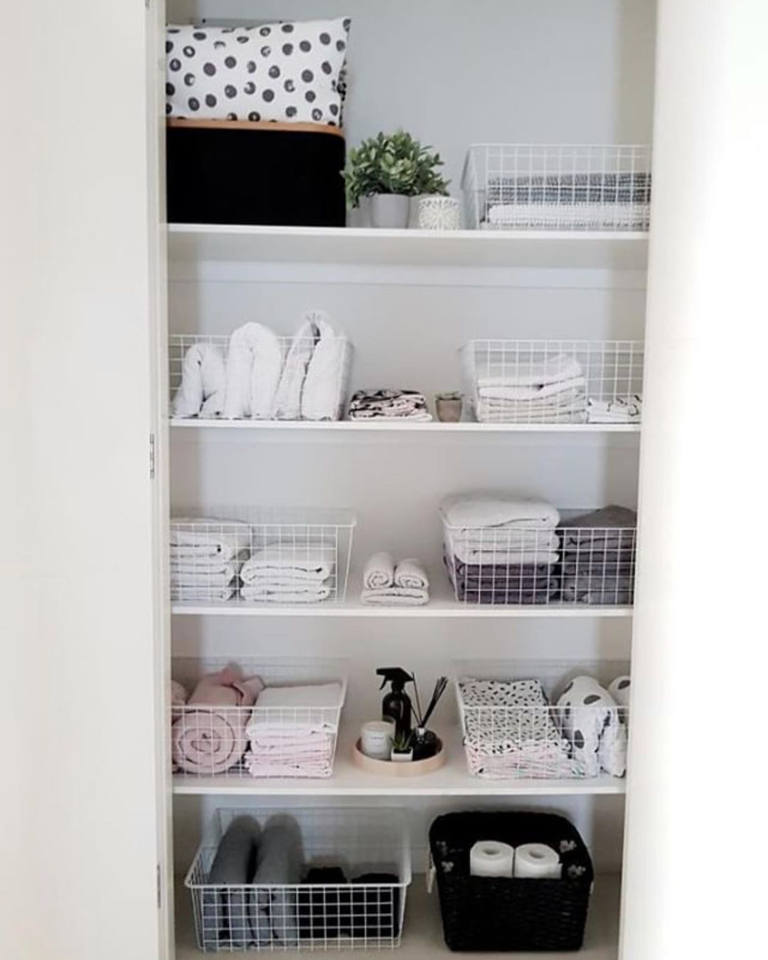 Bunnings Warehouse On Instagram Being Organised Doesn T Have To Be Costly Eversohomely Tidied He Linen Cupboard Cupboards Organization Linen Closet Storage
