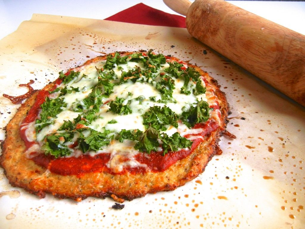 Cauliflower Crust Kale Pizza