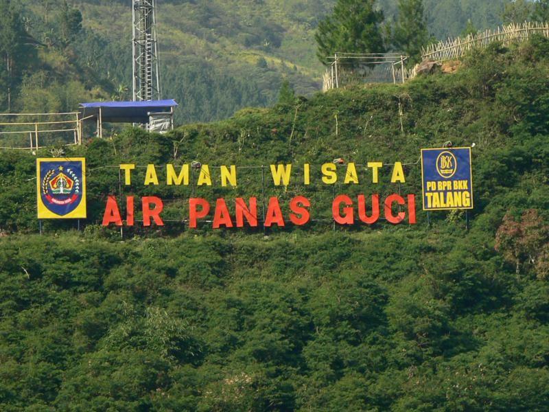 Jawa Tengah Wisata Air Panas Guci Guci Indah Tegal Tempat Wisata Keluarga