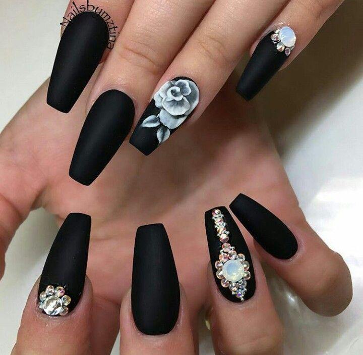 Pin de `Simply Nubi ` en geeked ^ nails   Pinterest