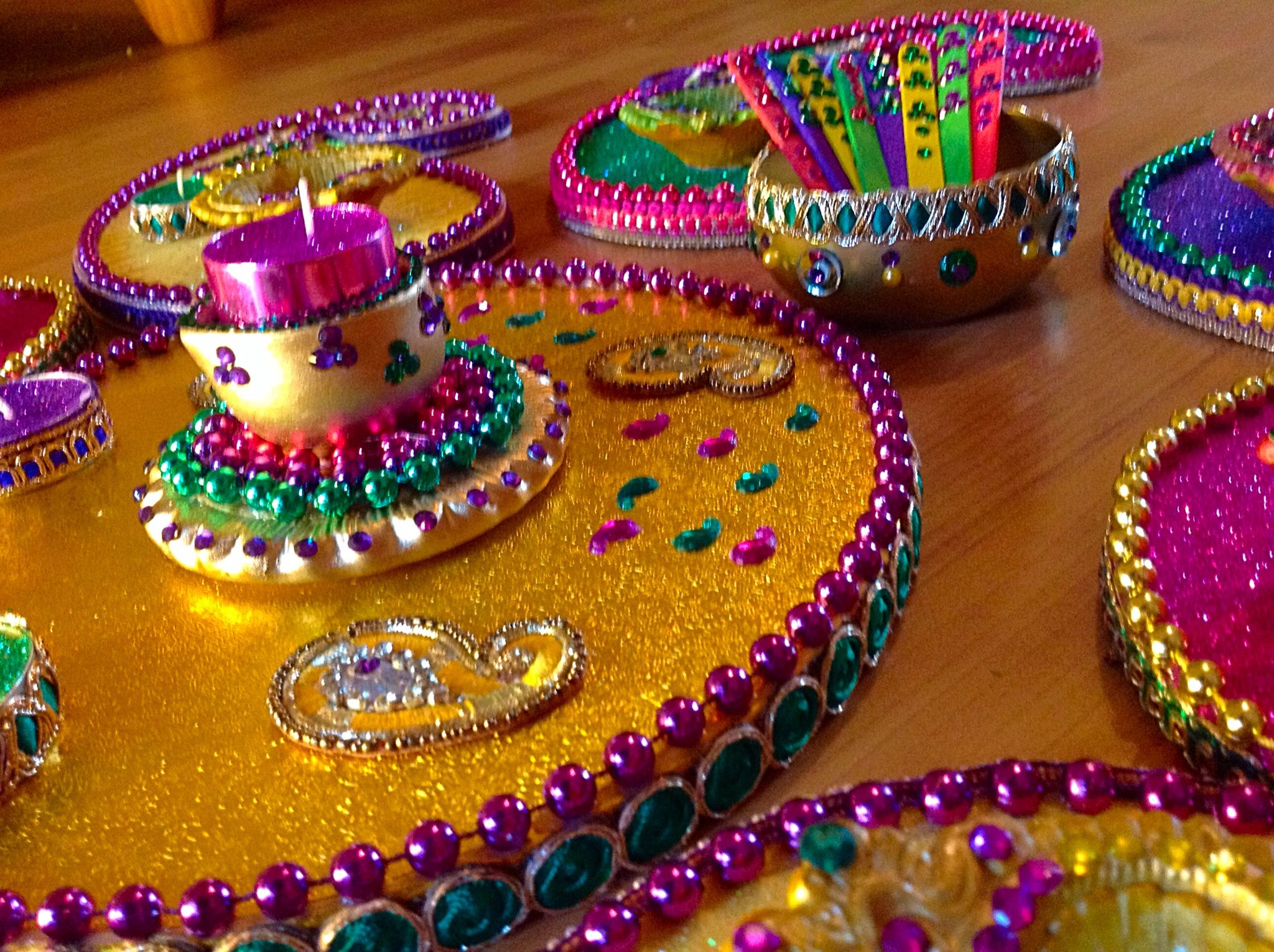 Mehndi Party Trays : Hand made mehndi plates please see my facebook page