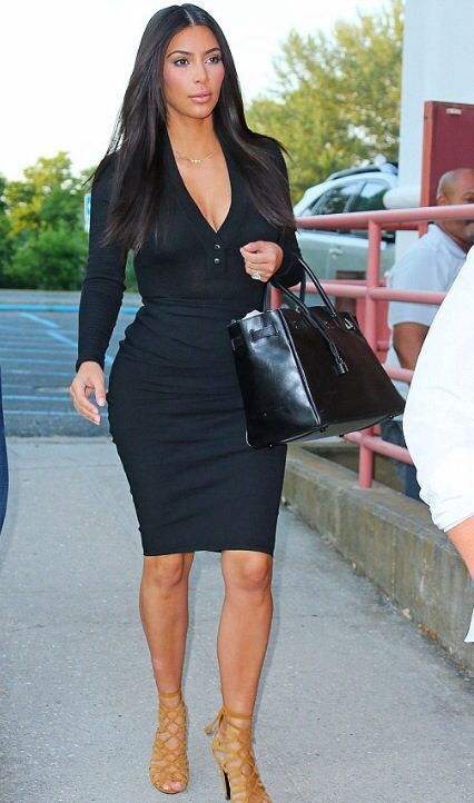 Kim Kardashian goes to the movies #kimkardashianstyle