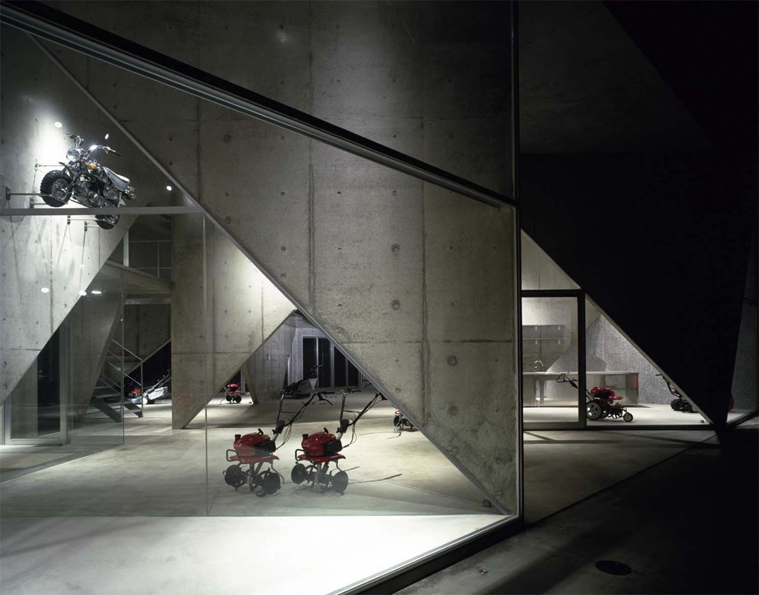 SHOWROOM H / AKIHISA HIRATA / NIGATA, JAPAN