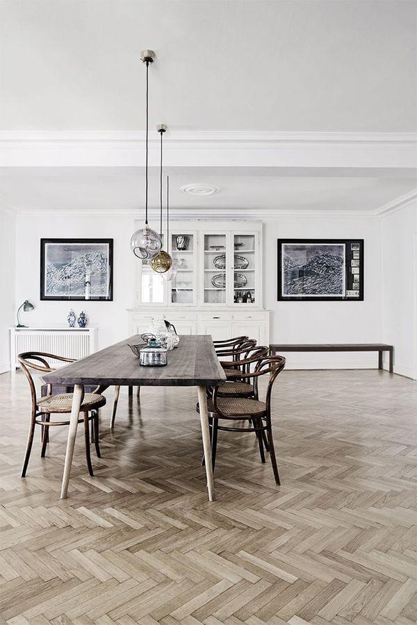 A la fois minimaliste x conviviale _ Salle a Manger Salon - Salle A Manger Parquet