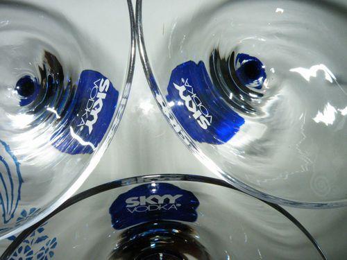 Skyy Vodka Pair of Martini Bar Glasses Etched Toothpick Olive Cobalt Blue Stem | eBay