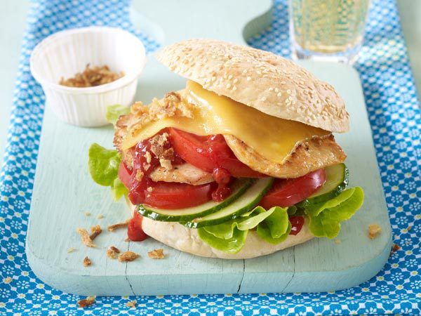 Burger - Rezept-Ideen für echte Luxus-Brötchen - puten-burger  Rezept