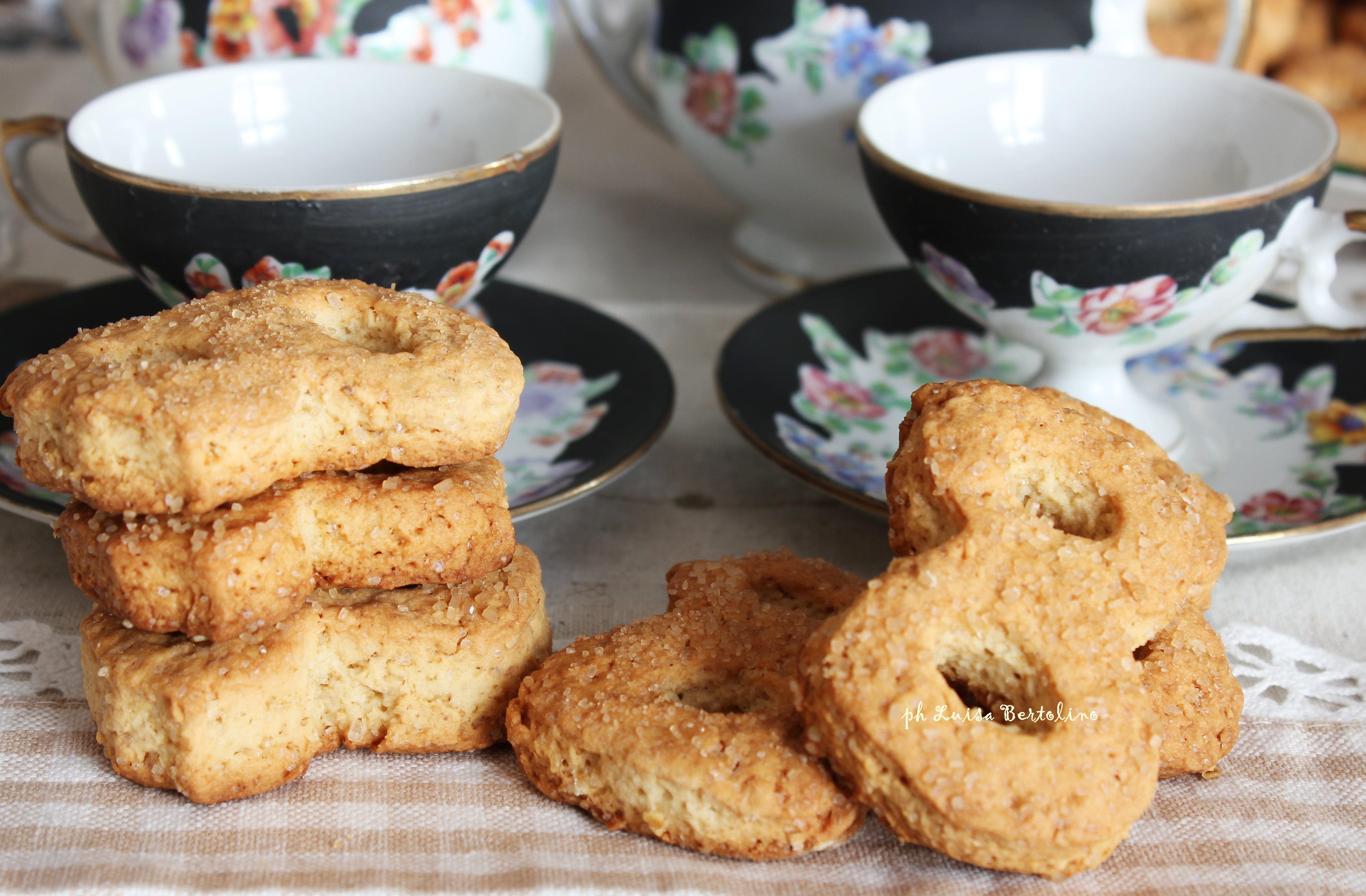 Biscotti tipo molinetti del mulino: molto simili agli originali ma con la genuinità e la soddisfazione dei biscotti fatti in casa.