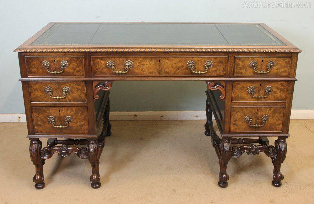 Antique Walnut Knee Hole Writing Desk Antiques Atlas Antiques Antique Writing Desk Leather Top Writing Desk