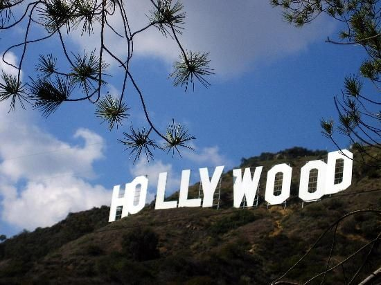 Los Angeles: #Hollywood sign  one day if i'm a star or if i live there