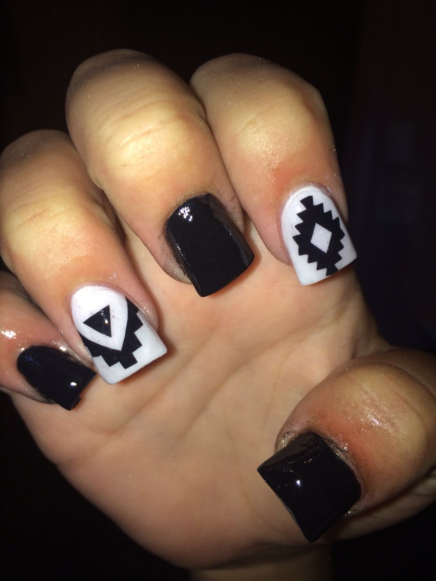 Black and white acrylics with Aztec | Acrylic nails! | Pinterest ...