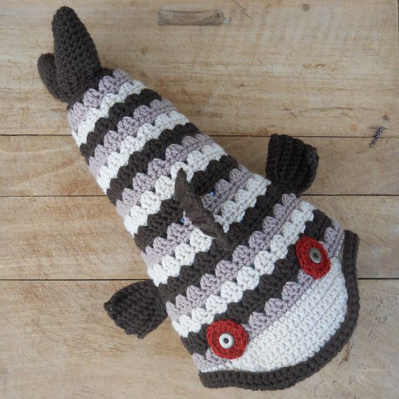 Crochet Brown Trout Fish Hat by Salowicious on Etsy | Mössor ...