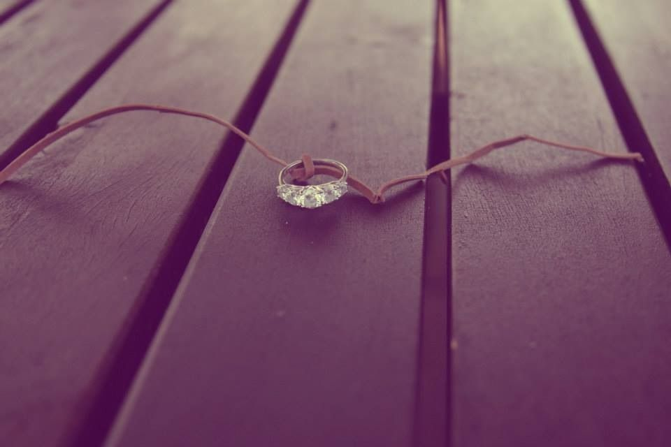 """Engagement pictures ❤ """"Tying the knot"""""""