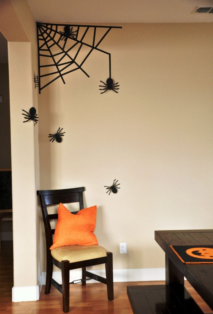 Our 15 Favorite Simple Halloween Decorating Ideas Simple halloween