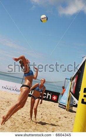 Beach Volley Female Photos Et Images De Stock Volley Female Images Photos Of Women