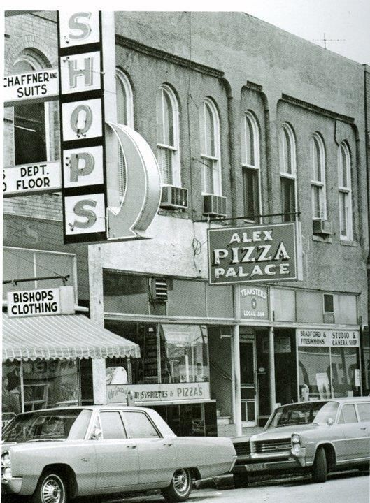 Old School Alexs Pizza Palace Rolla Mo Around Town