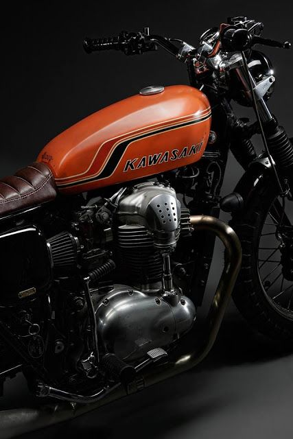 Kawasaki W650 By 2 Loud Custom Shop