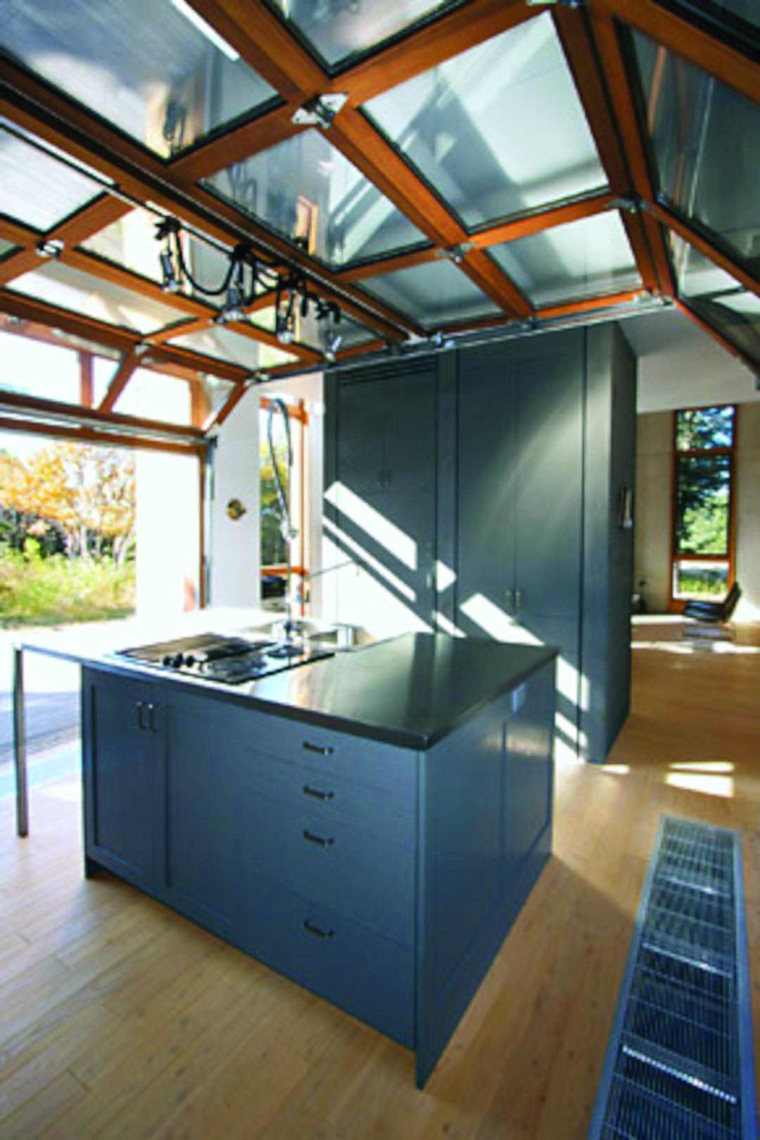 Go For It With Eye Catching Contemporary Garage Doors Glass Garage Door New Kitchen Doors Hotel Doors Design