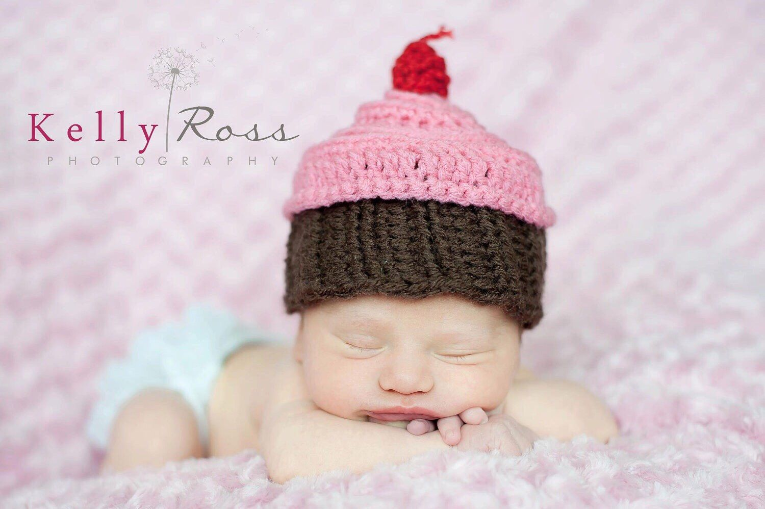 Crochet cupcake hat photography prop by AllysonGraceDesigns on Etsy https://www.etsy.com/listing/272204098/crochet-cupcake-hat-photography-prop