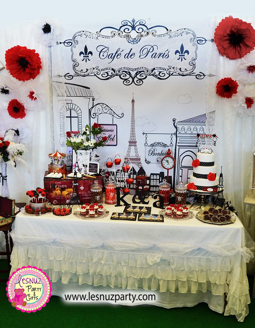 Mesa dulce temtica Pars  Paris themed dessert table