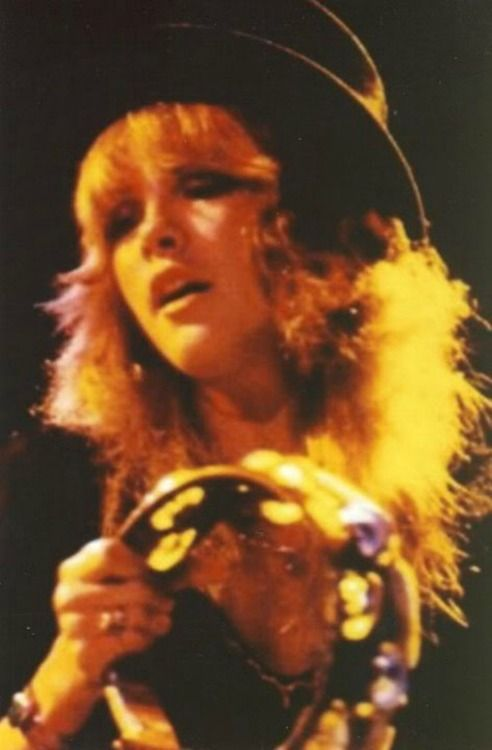 1976 Stevie Nicks.