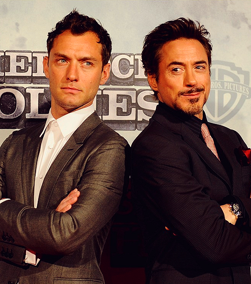 Jude Law and Robert Downey Jr. In Sherlock Holmes