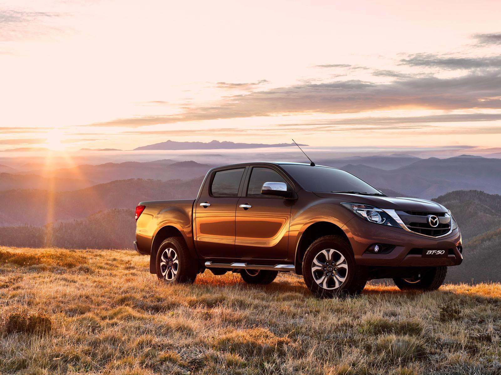 Mazda Strikes Deal With Isuzu For Next Bt 50 Pickup Truck Carscoops Mazda Car Pickup Car
