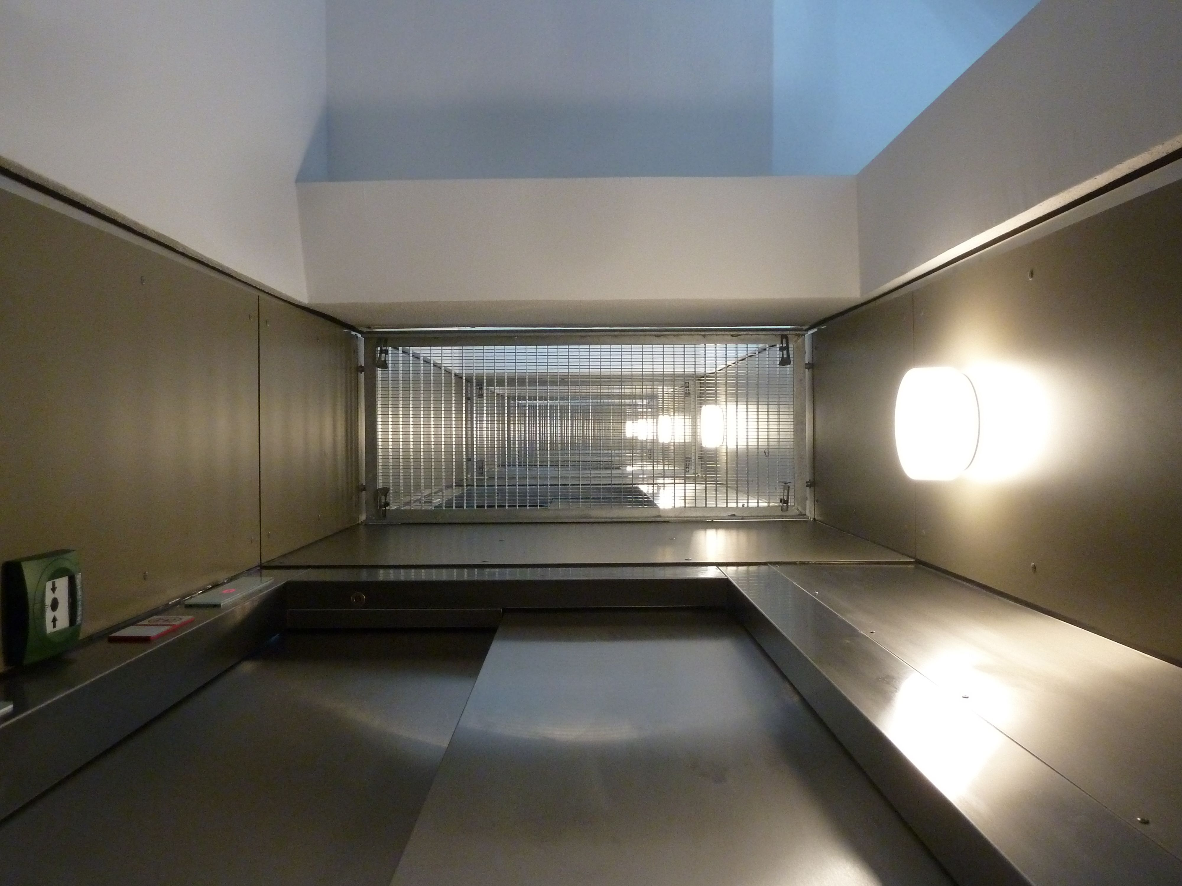 new lift   Innsbruck AT   by PPA