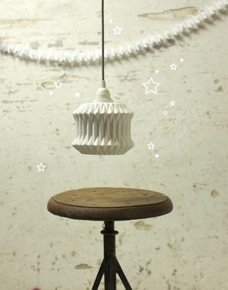 Star garland- byAprilandMay. Styling/Photo Stylecookie