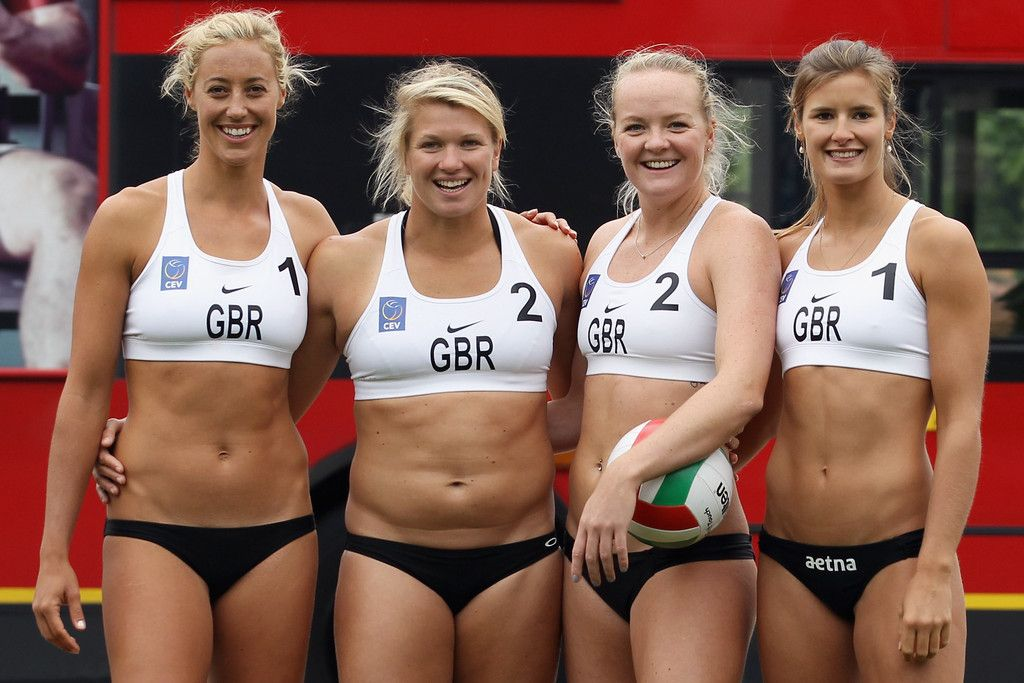 Фото спортсменок по пляжному волейболу