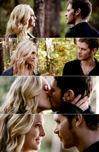 I HAVE BEEN WAITING FOR THIS MOMENT MY ENTIRE LIFE! Team Klaus and Caroline! ❤️