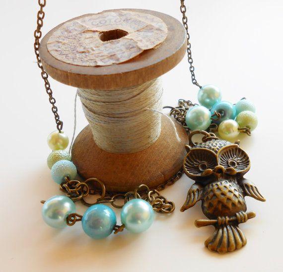 Collana con ciondolo gufo/civetta color di AttraversoLoSpecchio, €18.00