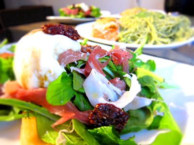 Burrata Salad by Jessica from Bacon & Souffle