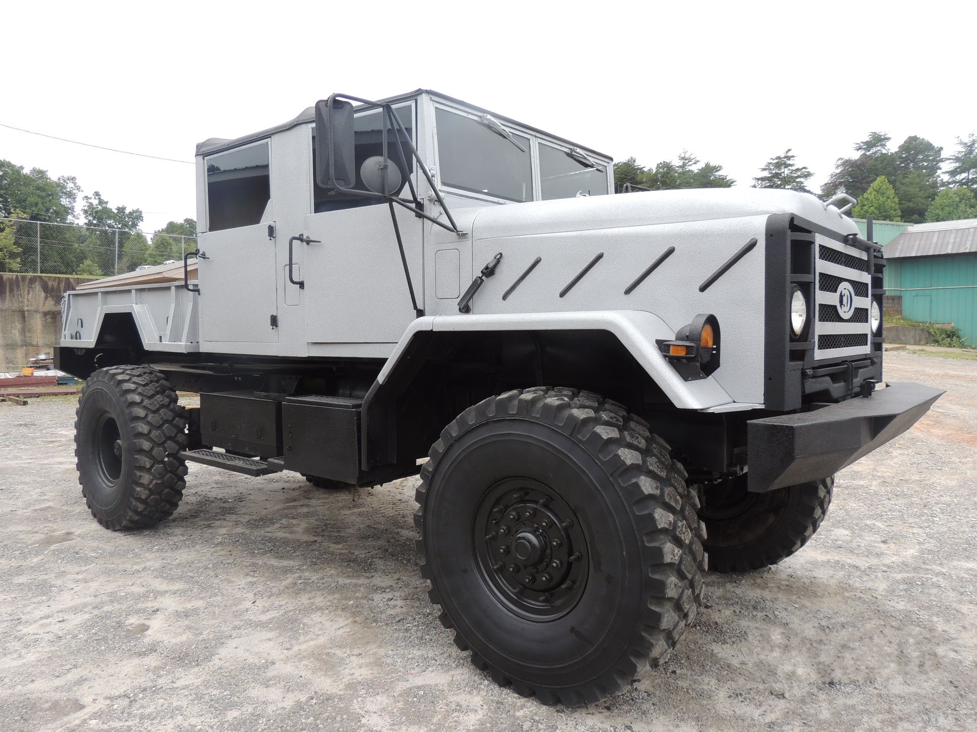 custom combat trucks llc trucks pinterest vehicle 4x4 and cars. Black Bedroom Furniture Sets. Home Design Ideas