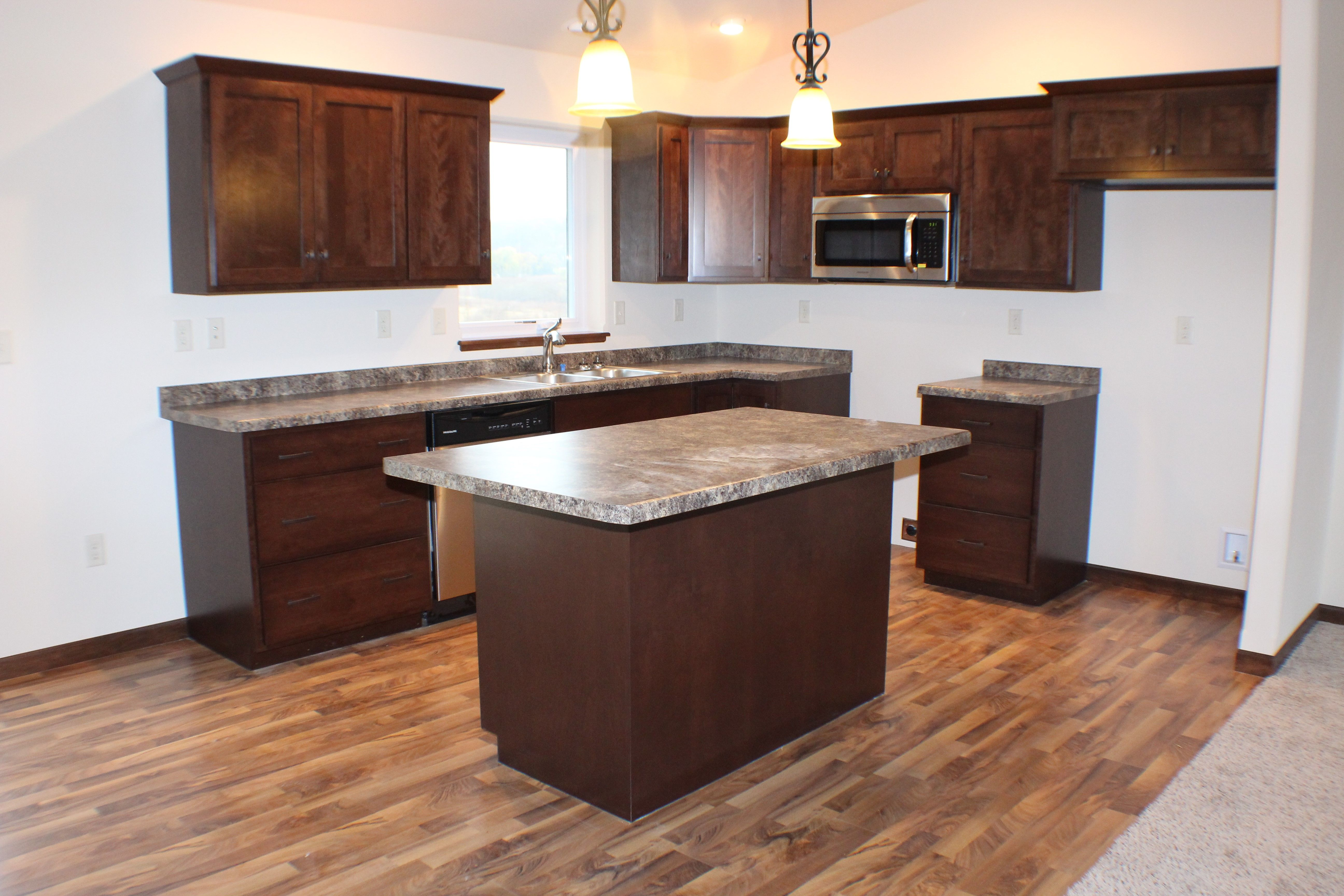 Bv6 Cabinet Stain Shades Of Fall Cabinet Style Mission Countertop Formica Jamocha Granite Flooring Italian Wa With Images Staining Cabinets Cabinet Styles Flooring