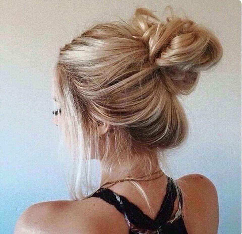 Messy Buns Are Hot Hairstyles Pinterest Messy Buns And Messy Hair