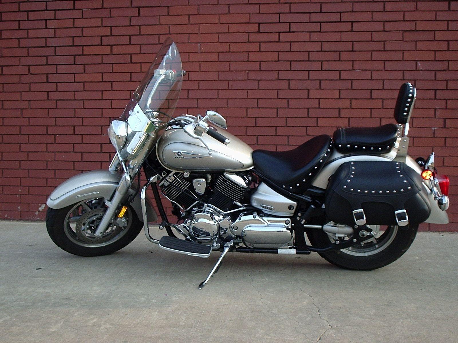 Yamaha 2006 v-star 1100 silverado
