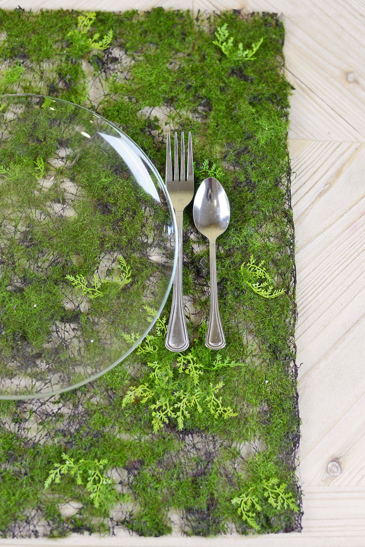 Superbe Artificial Moss Fern Place Mat 20in Tablescapes And Greenery. Faux Moss  Table Runner ...