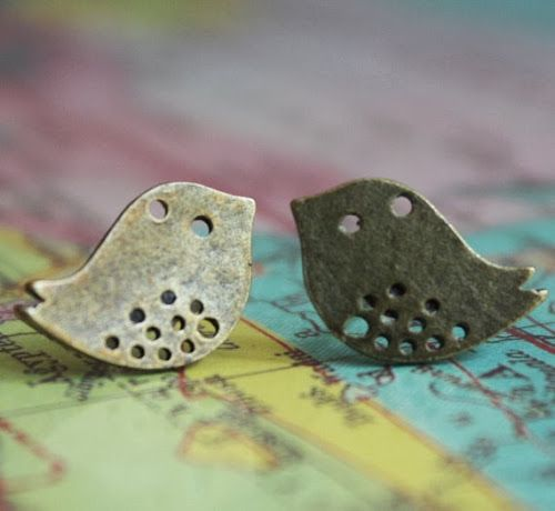 Giveaway day at the I Dare Say... blog! Win these earrings!