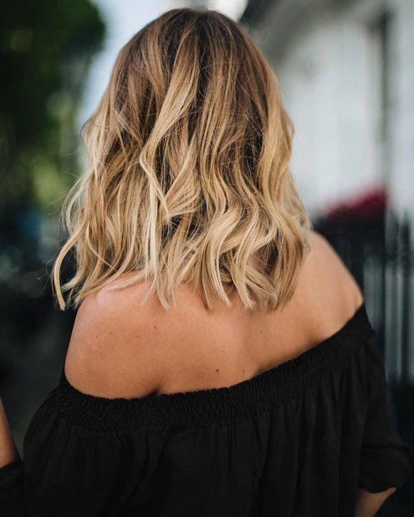 Blouse noire paules d nud es ondulations effet plage hair pinterest ondulation - Coupe carre epaule ...