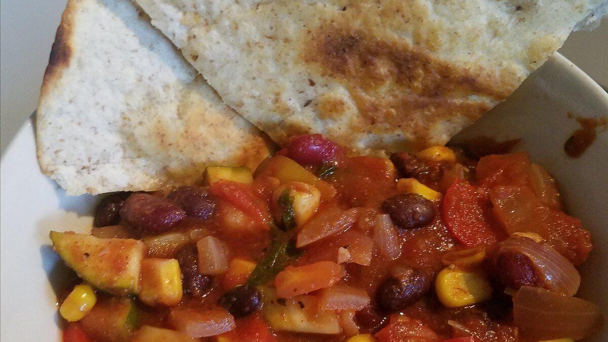 Hearty Vegan Slow Cooker Chili Recipe In 2020 Slow Cooker Chili Recipe Vegan Slow Cooker Chili Recipe Allrecipes