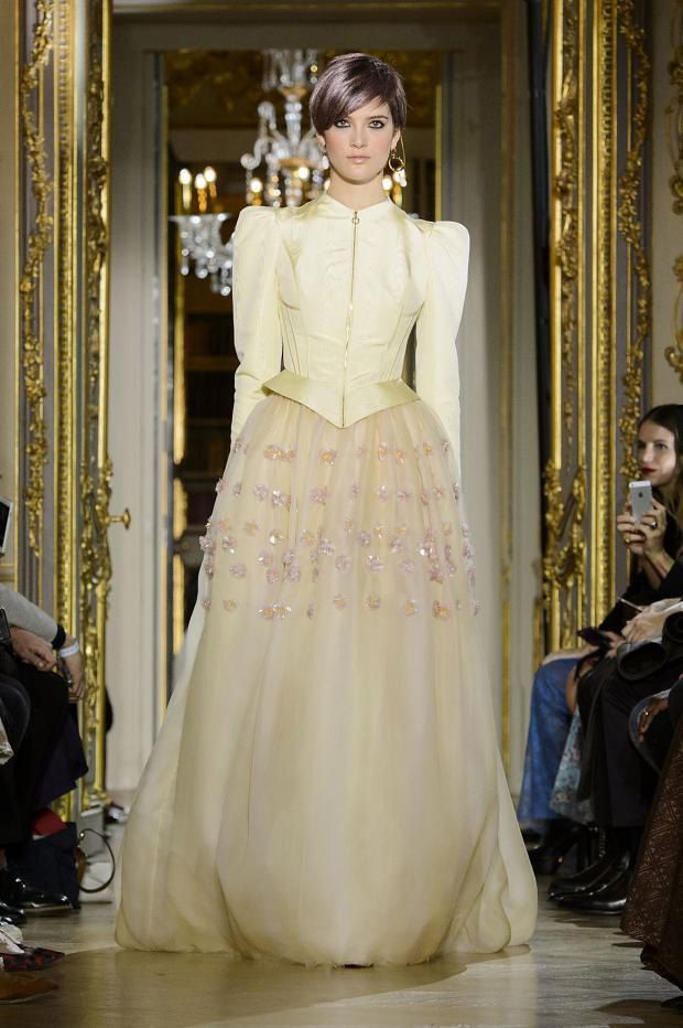 292c59d295e7098 Самые красивые платья Недели Высокой моды в Париже. Это просто восторг!