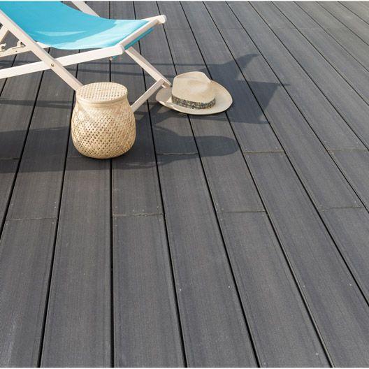 Planche Saga en composite gris NATERIAL, L 240 x l 15 cm x Ep 23 mm - photo terrasse carrelage gris