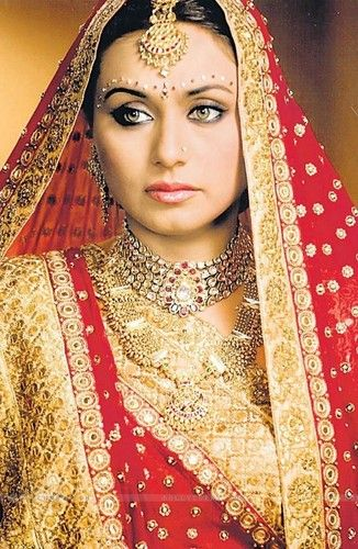 Rani Mukherjee Bridal Sari Pakistani Bridal Dresses Pakistani Bridal