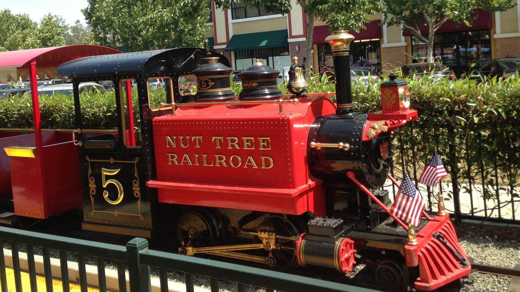 Vacaville Nut Tree Train Engine Tree Restaurant Tree Favorite Places